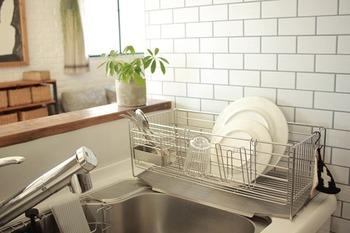 たとえば、水切りカゴは不要論もありますが、カゴがあるほうが使い勝手が良いというお家だってあります。自分のやりやすい家事スタイルに合ったモノを選んでいます。