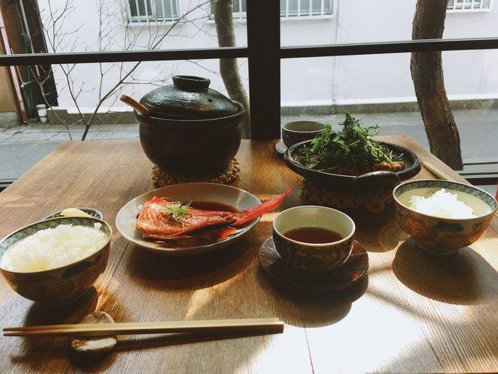 鎌倉観光で人気の【長谷エリア】のんびりランチにおすすめの「カフェ&レストラン」6選