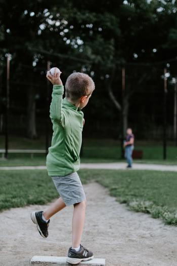 スポーツ観戦によって憧れの選手ができて、将来の夢は、スポーツ選手になる!というお子さんもいるのでは♪ 希望に満ちている興味の芽は、育んであげたいですね。