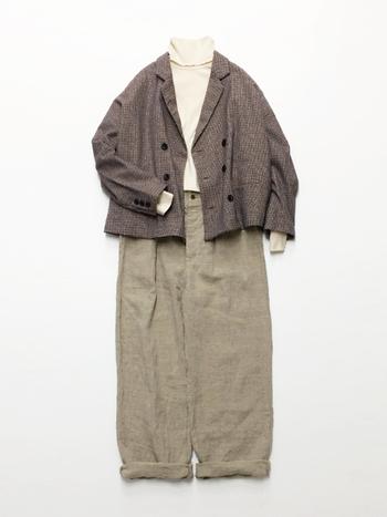 秋冬ファッションと言えば、タートルネックを思い浮かべる人も多いはず。首元を温めてくれるだけでなく、季節感やおしゃれ感を演出してくれる頼もしいアイテムです。  そこで今回は秋から活躍してくれる、素敵なタートルネックアイテムと、今すぐ真似したくなるタートルネックを取り入れたコーデをご紹介します。