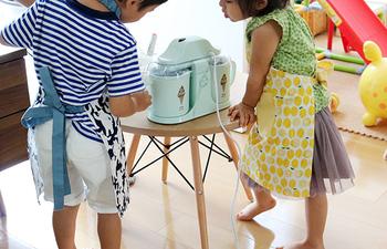 大好きなアイスクリームをもっと楽しむために、アイテムにちょっとこだわってみるのが大人。じっくり味わえるこれからの季節に、気になるアイスクリームグッズを手に入れてみませんか?