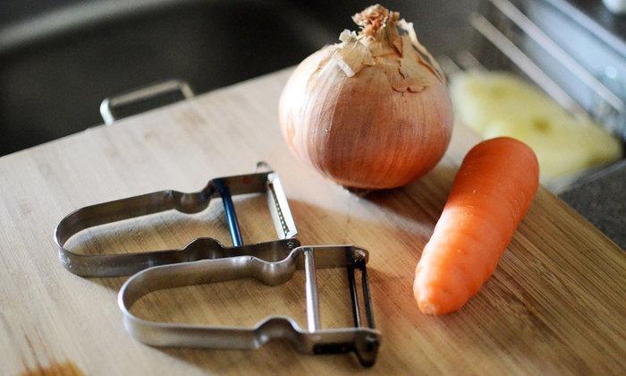 そろそろ冷えが気になる季節。にんじんやレンコン、いも類など、体を温めると言われている根菜をたっぷり摂り、食生活から冷え予防を!