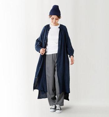 ロングカーディガンのように羽織ったり、コートのインナーとして重ね着したり。様々な着こなしが楽しめるシャツワンピースも、これからの季節におすすめのアイテムです。落ち着いた印象のグレンチェックのワンピースなら、秋冬らしいシックなコーディネートが楽しめそうですね。
