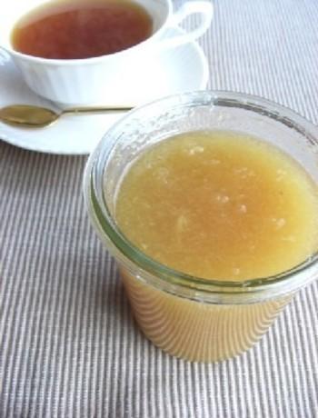 生姜をすりおろし、はちみつを加えて混ぜるだけで出来ます。弱っていてもお手軽に作れますし、食欲がなくてもこれくらいなら大丈夫ですね。喉にも優しい飲み物です!