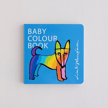 作:リサ・ラーソン、ヨハンナ・ラーソン/出版社:サンクチュアリ出版  北欧を代表する人気デザイナー、リサ・ラーソンと、娘のヨハンナ・ラーソンによる色彩絵本「BABY COLOUR BOOK」。可愛いイラストはリサ・ラーソンが、鮮やかな色彩構成はヨハンナが担当しています。