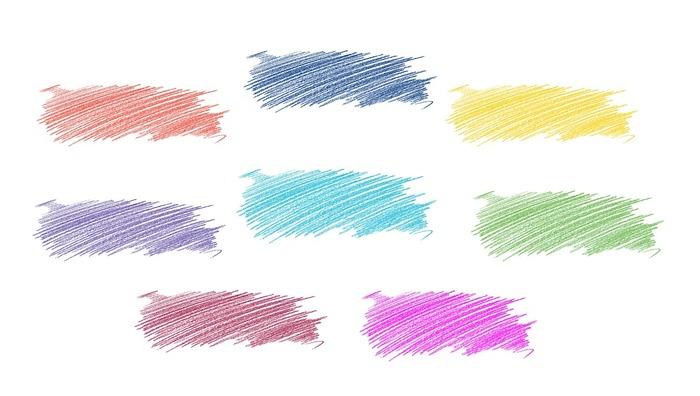ところどころ、繊細に描く部分ではなく、「この色で埋めたい」という部分が出てくることと思います。 そんな、色を均一に塗りたいときには、色ムラが出ないようにすることが大切です。  あっちこっち好きな方向に塗り進めていくと、色の濃いところ・薄いところができやすいので、一定の方向に塗っていきましょう。色鉛筆やペンを持つ際に、「縦」ではなく「横」に寝かせるように持つと、力が入りすぎず、薄くまんべんなく塗りやすいですよ。