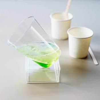 作り方はとってもシンプル。材料のグリセリンソープは着色済みなので、温めて溶かしたら一種類ずつ型に流し込んで、層を作って固めるだけ。