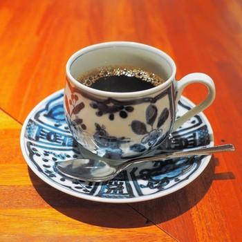 数種類から選べるコーヒーは、どれも逸品。店主のこだわりを感じます。「月光茶房」は、コーヒー好きと音楽好きには堪らないそんなカフェです。