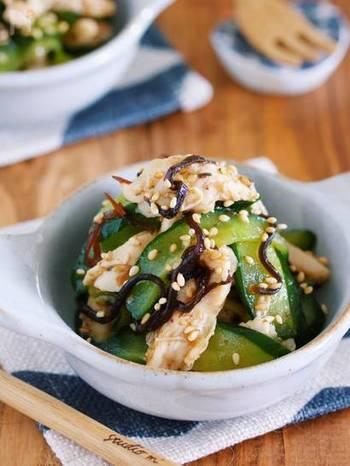 昆布を使った水溶性食物繊維のレシピです。とてもあっさりしていて、副菜にも、おつまみにもなる一品です。 きゅうりには不溶性食物繊維が含まれているので、両方の食物繊維が摂れます。