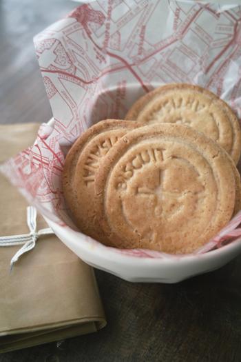 子供の頃の思い出の片隅にある昭和レトロなスイーツは、今ではなかなか出合えなくなってきました。そんな懐かしさを感じるお菓子をおうちで手作りしてみませんか?