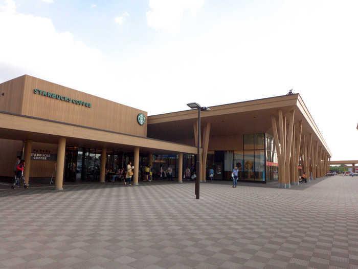 """常磐自動車道「Pasar守谷SA(上り)」は、地元茨城の食の魅力が詰まった""""買い物が楽しい""""サービスエリアです。"""