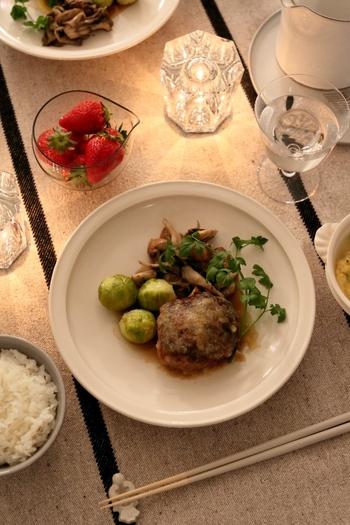 水曜日には洋風のお肉料理を。ごはんに合う洋風料理をいくつか覚えておくと、おもてなしにも重宝します。