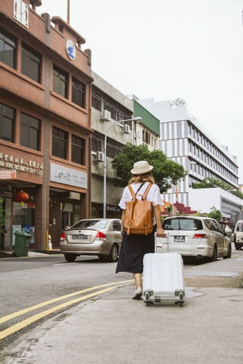 飛行機に乗らなくても、小型のスーツケースは移動や出張に便利です。1つは持っていたいものですが、買う前には必ずサイズを確認しましょう。
