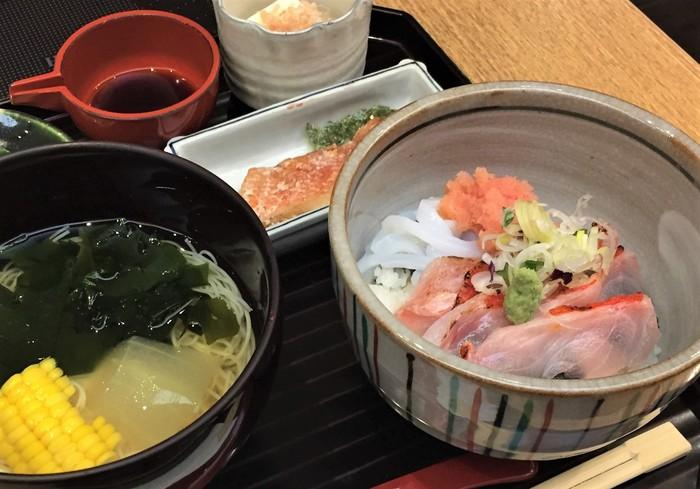 京都らしい和食のお店でおばんざいランチや、京都ならではの食材を使ったランチ、おしゃれでヘルシーなランチなど。京都らしさを味わいながらも、おしゃれでお腹も満足できるお店がたくさんあります。