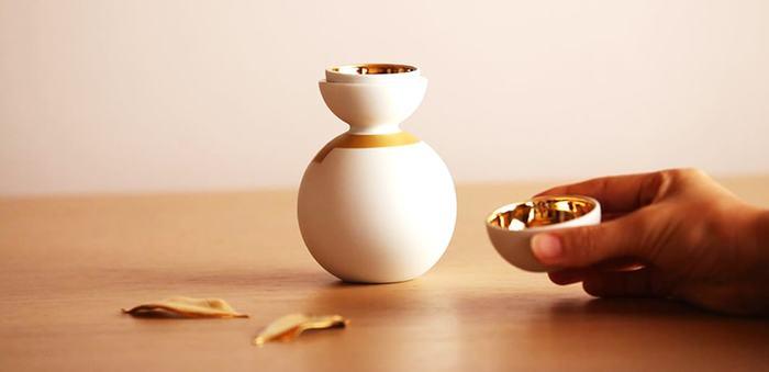 同じお酒も、素敵な酒器で愉しめば、よりおいしく感じたりするものですね。お酒だけでなく、酒器にもこだわりを。大人の心の贅沢です。この秋は、お気に入りの酒器を手元に置いて、ふくよかな時間をお過ごしください。