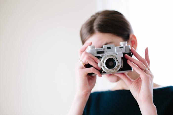 今やカメラのシャッターを切るだけで、簡単に素晴らしい写真が撮れますよね。撮った後で加工すれば、目の前に広がる世界以上に美しい景色を作り出すことも可能なカメラアプリも多数あります。  今では写真交流サイトも多く出回っているし、もしかしたら世界はあなたの感性が世に出てくるのを待っているかもしれませんよ。