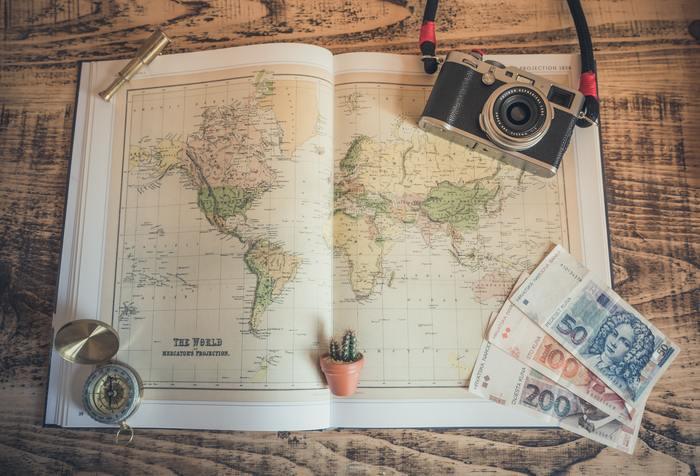 お金の準備を全くしないまま、旅行に出てしまう人は少ないと思います。思う存分楽しむ計画を立てて予算がオーバーしてしまった場合にはどうしたら良いのでしょうか。