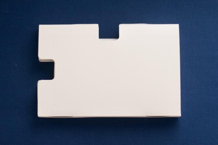 縦に置いても横に置いても対応できるように、2方向からの取り出しが可能です。これもまたニトリならではのアイデア性の高い、使い勝手の良いデザインですね。