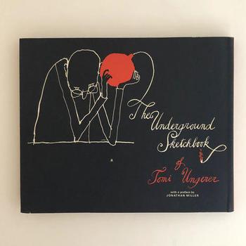 一風変わった作風で異彩を放つ、フランス人の児童文学作家・イラストレーターのトミー・ウンゲラーの大人向けスケッチ集『The Underground Sketchbook』。  トミー・ウンゲラーは、日本のイラストレーターたちにも大きな影響を与えたカリスマティクな作家。多感な少年期をドイツやアイルランドなど各地を転々として成長し、1998年にはこどもの本のノーベル賞と言われる国際アンデルセン賞を受賞。これを契機に、絵本の第一人者として世界に認識されるようになりました。