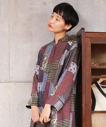 """まるで""""古着屋さんで見つけたような素敵な洋服""""。そんな印象を与えてくれるヴィンテージ感が漂うアイテムはいかがでしたか?是非この秋冬のコーディネートに取り入れてみてくださいね。"""