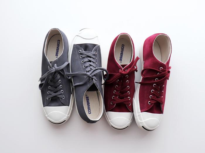 会場の大きさはいろいろありますが、とにかくよく歩くので、靴は履きなれた歩きやすいものがベター。