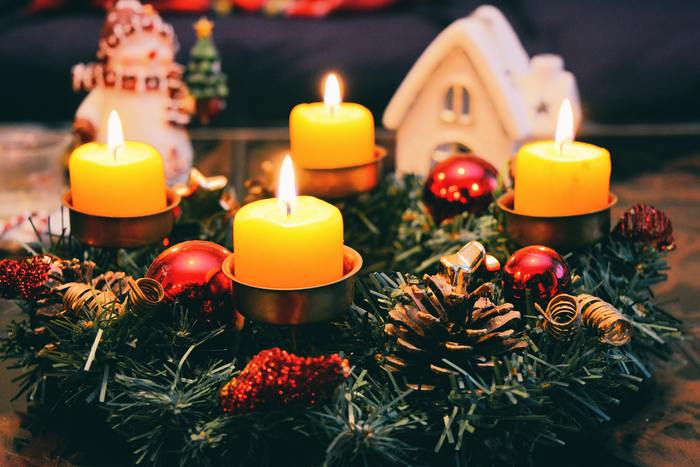 いかがでしたか?素敵なクリスマス映画で、特別な日を映画のようにキラキラと彩りましょう♪