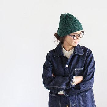 ナチュラルな帽子をプラスするだけ、いつものコーディネートがまた違った雰囲気に♪トレンド感もプラスされ、ワンランク上の秋冬の着こなしを楽しむことができますよ。
