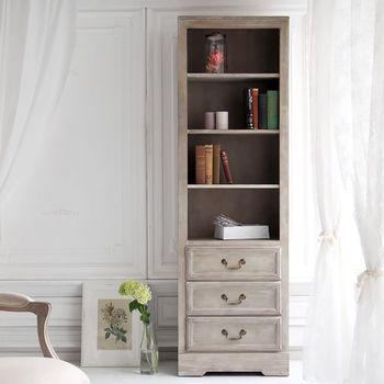 上品でエレガントな雰囲気の「SHABBY CHIC」シリーズは、ナチュラルテイストやフレンチスタイルのお部屋におすすめです。こちらはオープン棚と引き出しが一体になったアンティークシェルフ。長年使いこんだような特殊な加工を施した真鍮金具や、かすれた白いペイントなど。独特の味わい深い雰囲気が、プライベート空間をおしゃれに演出してくれますよ。