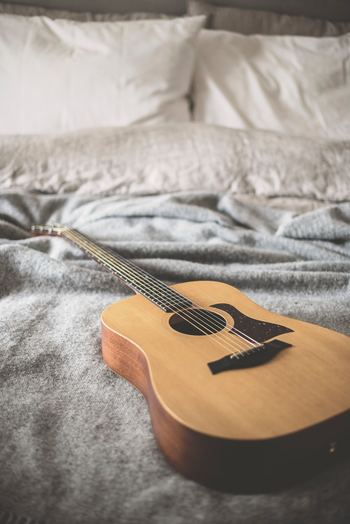 一日の疲れを癒す、ベッドが整っていると、気持ちも落ち着き、心地よい睡眠が取れそうですよね。海外風のおしゃれなベッドメイキングで、心地よいベッドタイムを過ごしませんか?