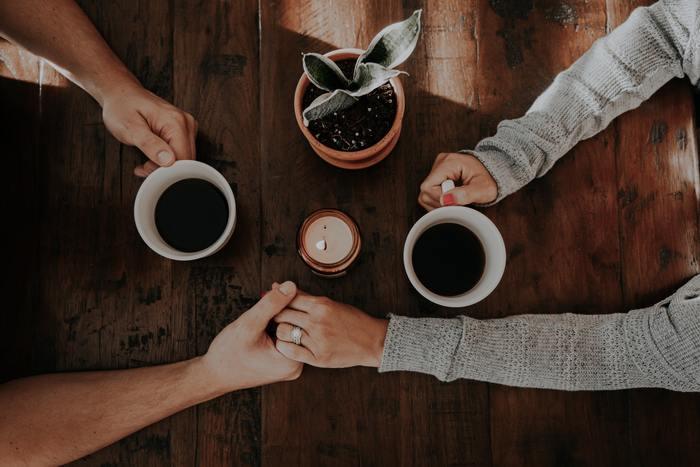 悩みの中には「今結婚したら、私は一生幸せなんだろうか、この友情はずっと続くのだろうか」など、時間がたたないと答えが出ないものもあれば、自分だけでは答えを出せないものもあるでしょう。