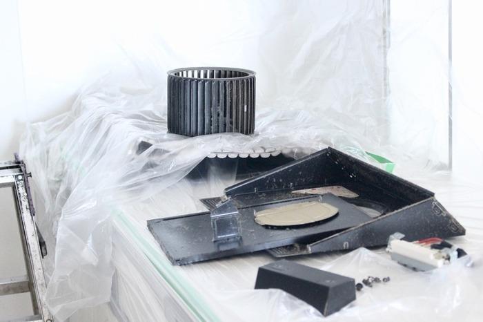 年末は来客が増えがちなので、お客様の多いお家であれば11月中に清掃業者さんを依頼しておくと、年末の予定にゆとりが作れます。また、清掃作業中は暖房が使えないケースもありますので、寒い思いをしなくても済みます。