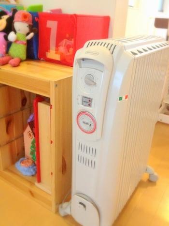 暖房器具には安全装置がついていますが、ホコリなどが原因のトラッキング火災も起こる場合もあるので、秋掃除は冬場の安全対策にも繋がります。