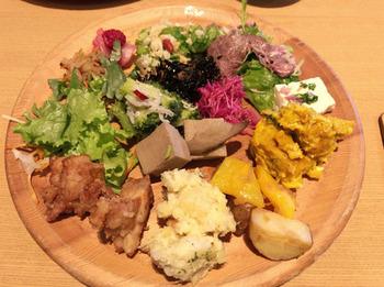 約50種類の料理から、好きなものを好きなだけ♪野菜好きなら大満足の体にやさしいビュッフェが楽しめます◎