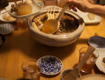 お鍋を囲むと、なぜか和んでほっこりしますよね。今年の冬はちょっとアイテムを増やして、もっとお鍋を楽しんでみませんか♪