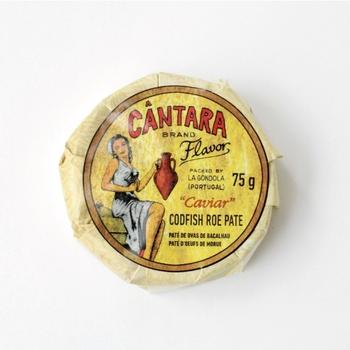 ちょっと珍しいタラコのパテの缶詰です。クラッカーやバゲットにのせれば、お洒落な前菜の出来上がり!パスタに混ぜても美味しくいただけます。  ■864円(税込)