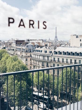 いつもお洒落に気を抜かないパリジェンヌですが、実はフランス人のファッションに使うお金は、他のヨーロッパ諸国と比べて、多い方ではないのだそう。