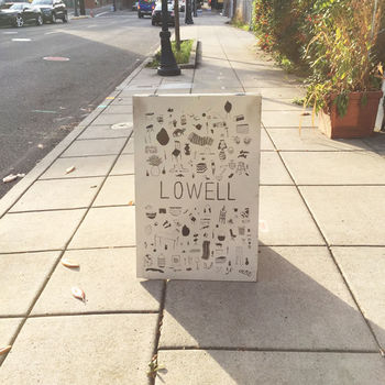 せっかくなら、とことんローカルファーストの魅力を満喫したいですよね。  こちらの「ロウエル(LOWELL)」は、ハンドメイドやヴィンテージ系の雑貨を扱うお店。ローカルアーティストが手がけたものを多く取り扱っています。