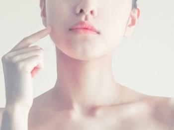 美白・乾燥肌・ニキビなど、お肌の悩みは人それぞれですよね。自分なりの悩みに対処したいのであれば、ライン使いのシンプルケアを試してみるのも◎。