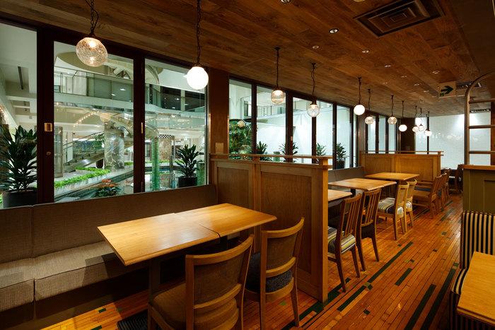 梅田阪急三番街、地下街の一角にあるくつろぎの和カフェ「リバーカフェ」。ヘルシーな定食ランチが食べられます。