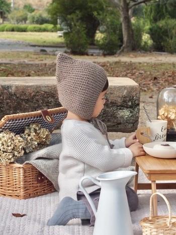 柄など模様がなく、シンプルな編み方をしたものでも、なんだかレトロな雰囲気♪