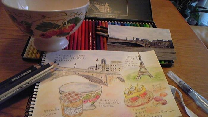 """""""水彩色鉛筆と水筆ペンだけ""""で、絵を描かなくてはいけないわけではありません。 「水彩風タッチで着色するためのひとつの手段」として考えてみると、さらに楽しみ方が見えてきますよ。  たとえば、本当の水彩画のように、鉛筆やボールペンで、先にさっとデッサン。その後に、水彩色鉛筆を使って着色し、にじませたい(ぼかしたい)部分だけ水筆ペンでなぞっていくのもおすすめです。  そう考えると、色々応用できますね。たとえば旅先で風景を描きたいとき、水彩画道具一式を持っていくなら荷物になりますが、水彩色鉛筆ならコンパクトですよね。着色用として持っていってみてはいかがでしょう。"""