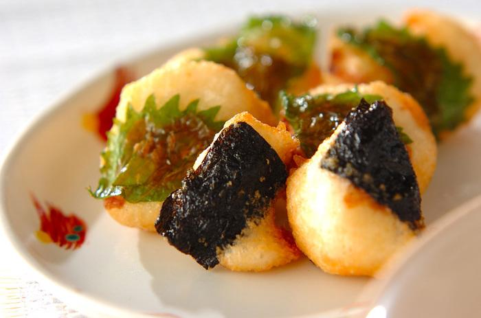 火を通すと、ホクホクとした食感になる大和芋。そんな違いを楽しむのも楽しい。大和芋のすりおろしをのりと大葉にのせて、油で揚げるだけ!練り梅も風味もよく、さっぱりと食べられます。
