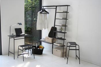 一人暮らしのワンルームのお部屋など、収納スペースが限られる方にオススメ。家具をむやみに増やすことなく、お手軽に省スペース収納が実現できます。