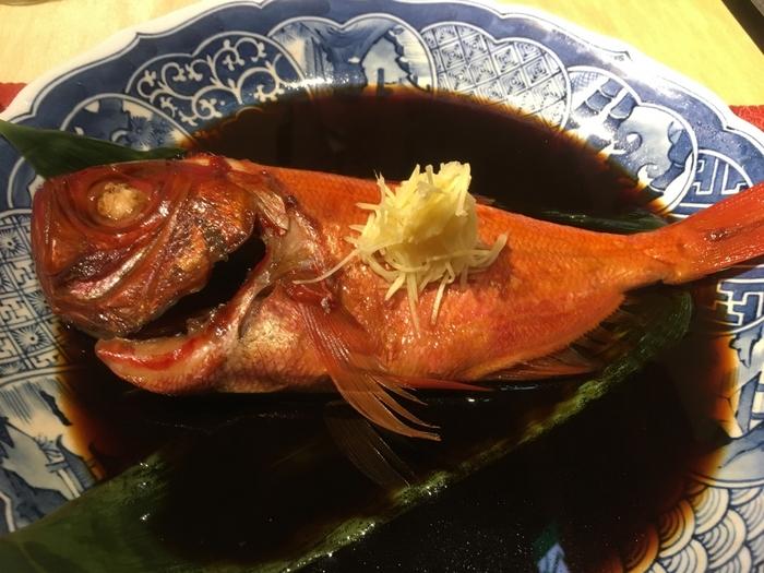 北大路魯山人の孫弟子であった猪爪前調理長の後を引き継ぎ、料理長を務める小柳料理長の絶品料理を楽しめることも人気の理由の1つです。