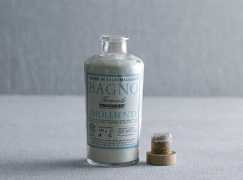 イタリア最大のサルソマッジョーレ温泉の塩を使って作られたボトルもおしゃれなバスソルト。