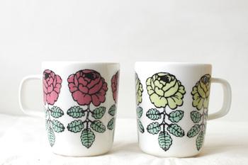 マリメッコのかわいいマグカップがあれば、紅茶を飲む時間ががワクワクしそうですね♪気軽に使えるマグタイプなので、ティーバッグを使ったデイリーユースにいかがでしょう。