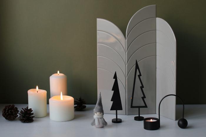 とってもシンプルでおしゃれなツリーのアイテム。普段使いはもちろんのこと、クリスマスシーズンには周りにキャンドルを飾って演出するとおしゃれに決まります。まさに大人なクリスマスアイテムです!