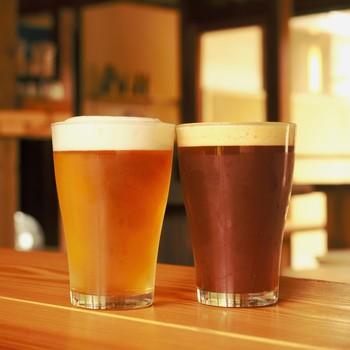 苦みの少ないものや、フルーティーな香りのものなど、「Beer Cafe VERTERE(ビア カフェ バテレ)」のビールはゆっくり味わいたいくなるものばかり。北米系やオーストラリアの麦の他、地元奥多摩で栽培したホップも使われています。