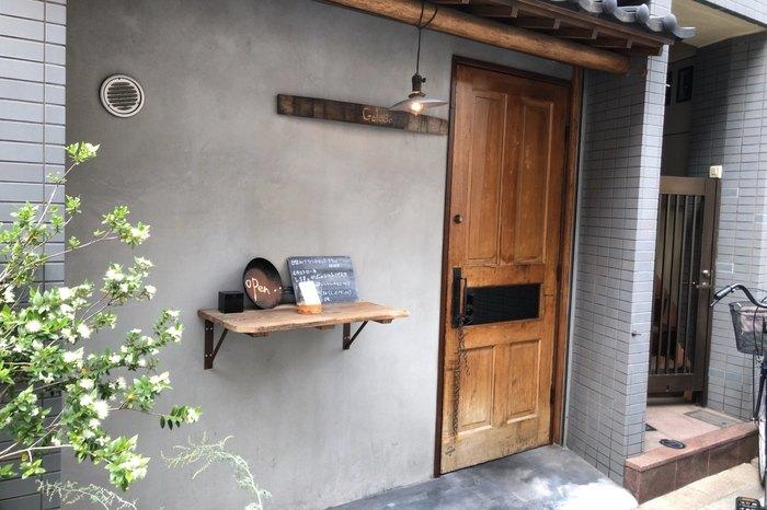 都営浅草線の蔵前駅から3分ほどのところにある「Goloso(ゴローゾ)」は、イタリア語で「美食」「食いしん坊」という名前の店名をもつ、おしゃれなイタリアンレストランです。