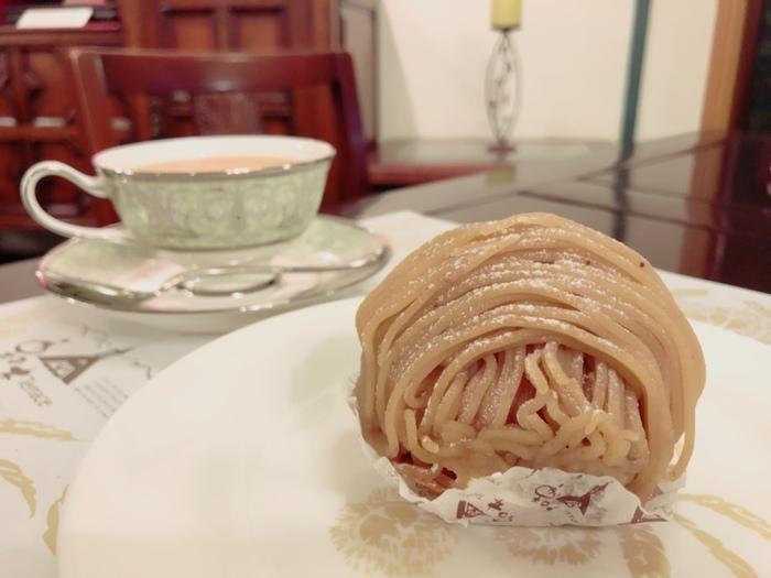 こちらでは、栗のスイーツはもちろんですが、いろんな種類の世界の紅茶をいただけます♪ケーキ専門店なので、和というよりは洋菓子の、あらたな栗の美味しさに出会えますよ。紅茶とのマリアージュを愉しんで*